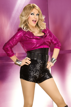 pandoraboxx_pinkjacket1_photocred_nicklovell-thumb-250x375-29113